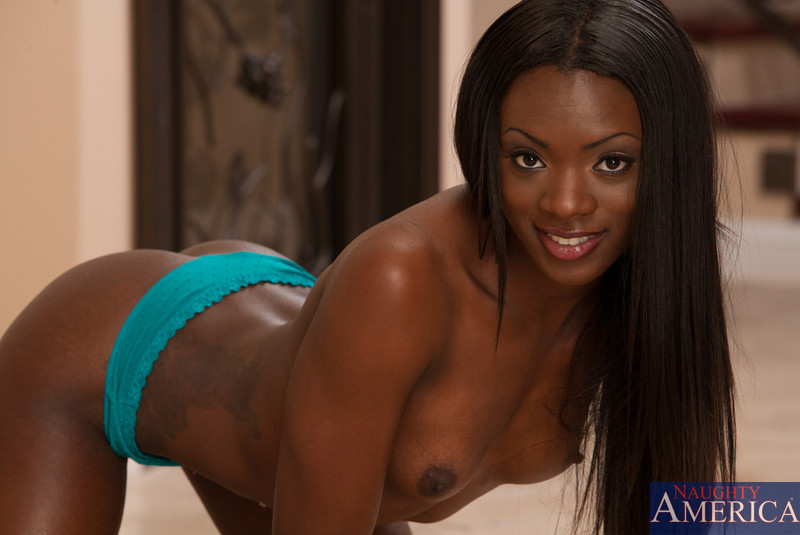 Ebony Homemade Shemale Fuck